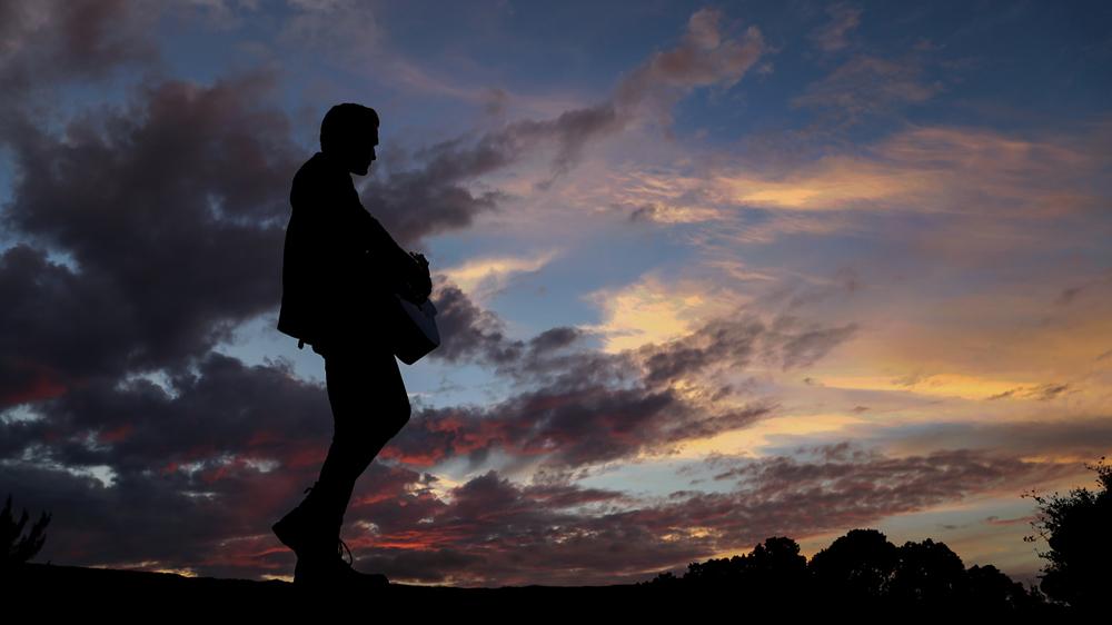 tom-sunset.jpg