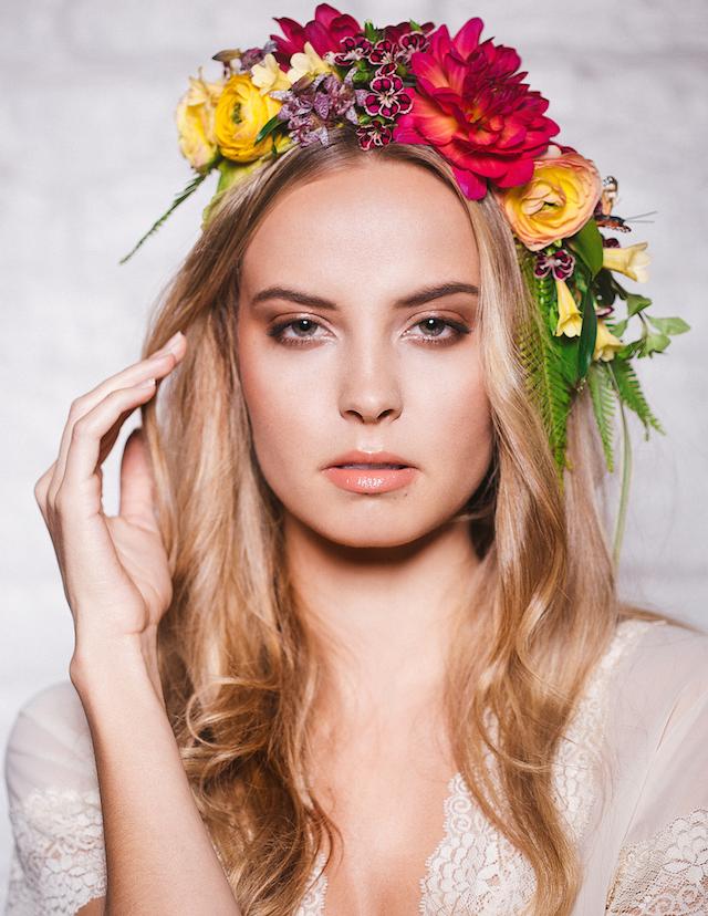 avant-garde-flower-crowns-1.png