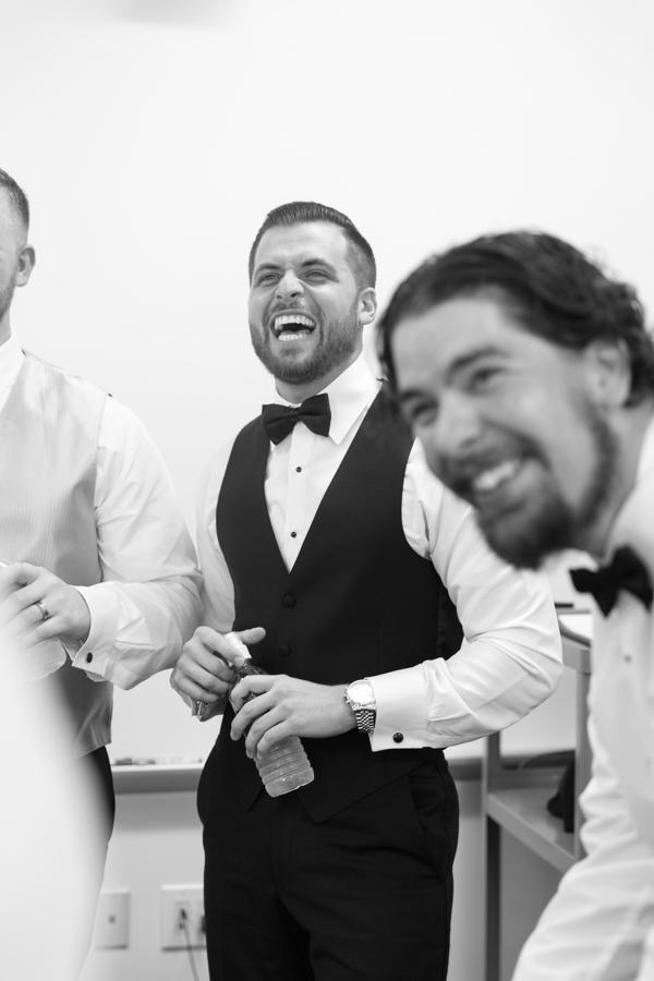 groom-and-groomsmen-laughing