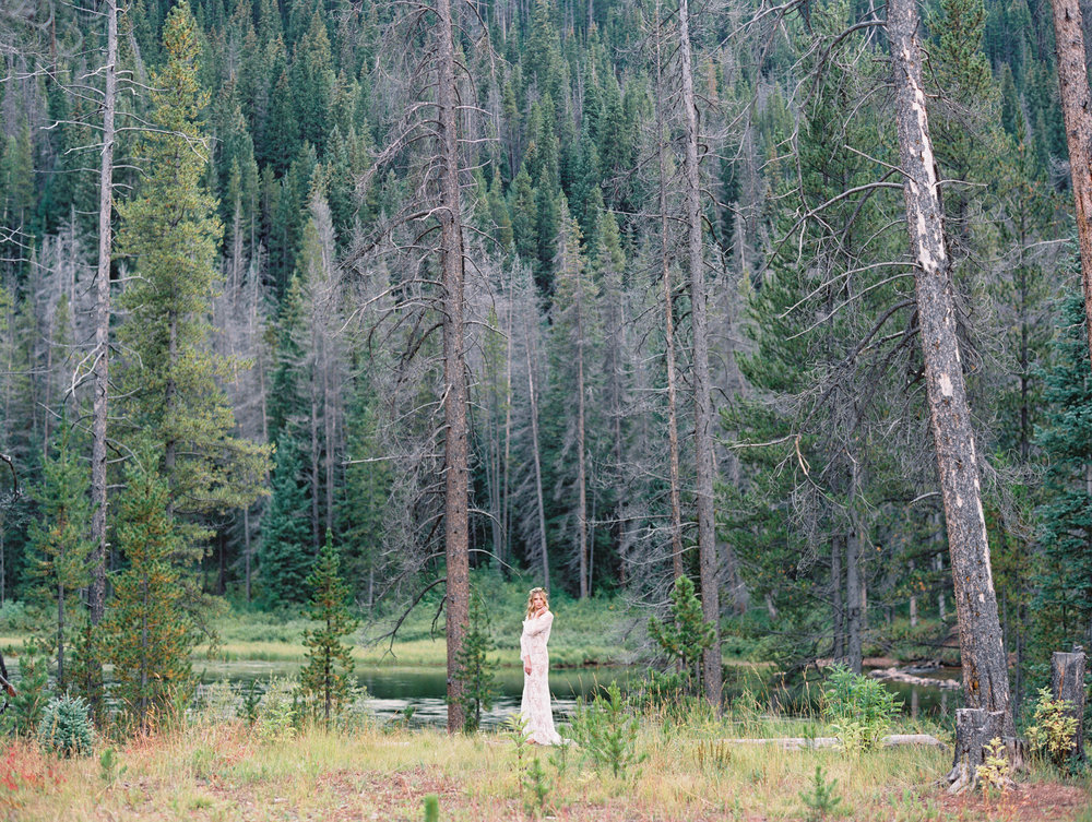 bohemian-wedding-planner-in-colorado
