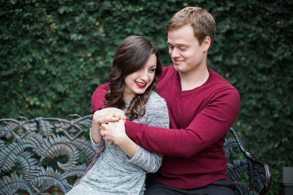 engagement-photos-at-dallas-arboretum