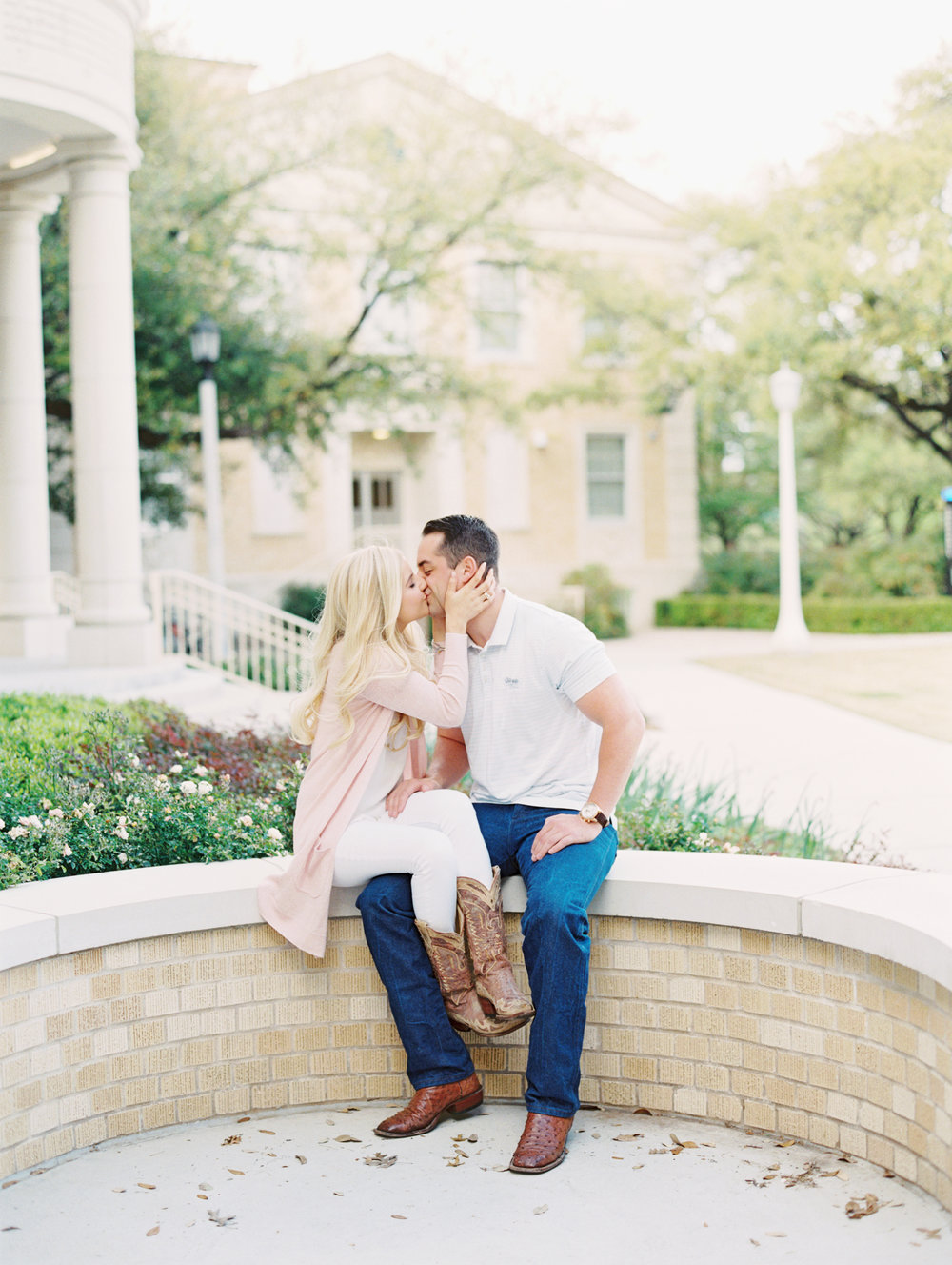 engagement-at-tcu-chapel