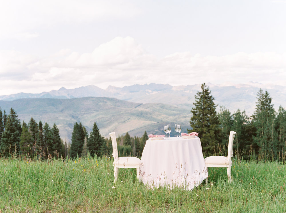 outdoor-wedding-in-colorado