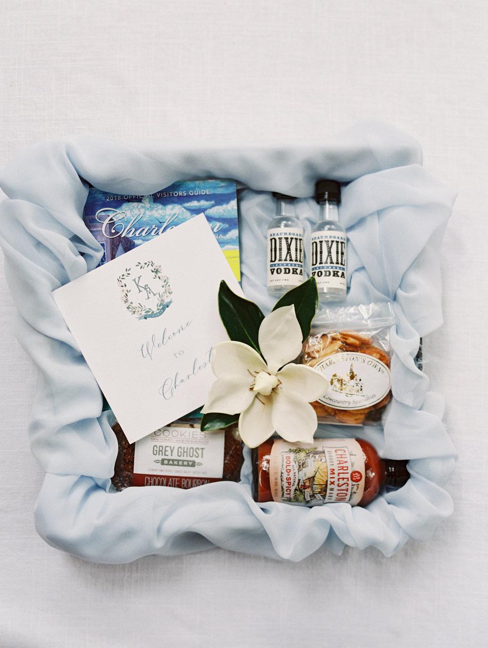 custom-wedding-welcome-box