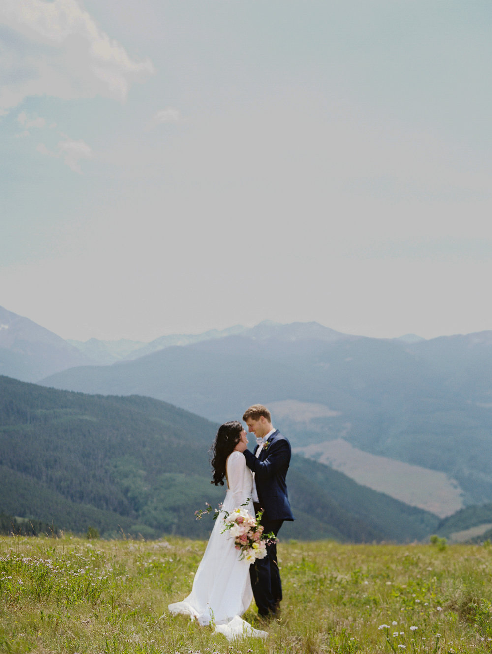 bride-and-groom-vail-colorado-portrait.JPG
