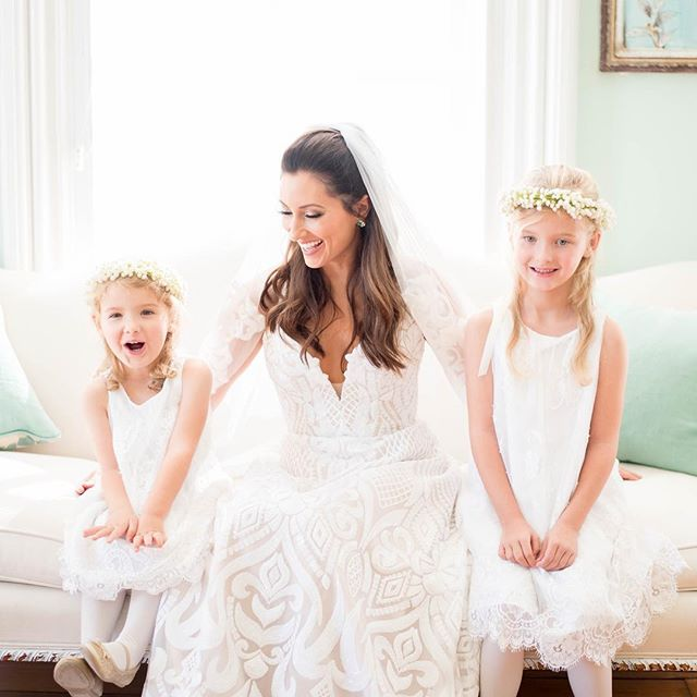 These sweet moments is why I love my job so much! Christie was a breathtaking bride & her flower girls were the cutest ever- they got pampered with a little blush and some lipgloss 💕 look at these smiles! • • • • • 📷 @kasaundrafelderphotography  #mua #menaglam #menagarciabeauty #makeupartist #hairstylist #ncglam #ncglamsquad #raleighmakeupartist #raleighmakeup #ncmakeupartist #raleighhairstylist #hairandmakeup #weddingmakeup #raleighmua  #raleighglamsquad #bridalhair #bridalmakeup #raleighbride #ncbride #flowergirls #ncphotographer #ncphotography #merrimonwynne #raleighwedding