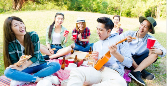 Chinese enjoying Aussie Beer and wine.png