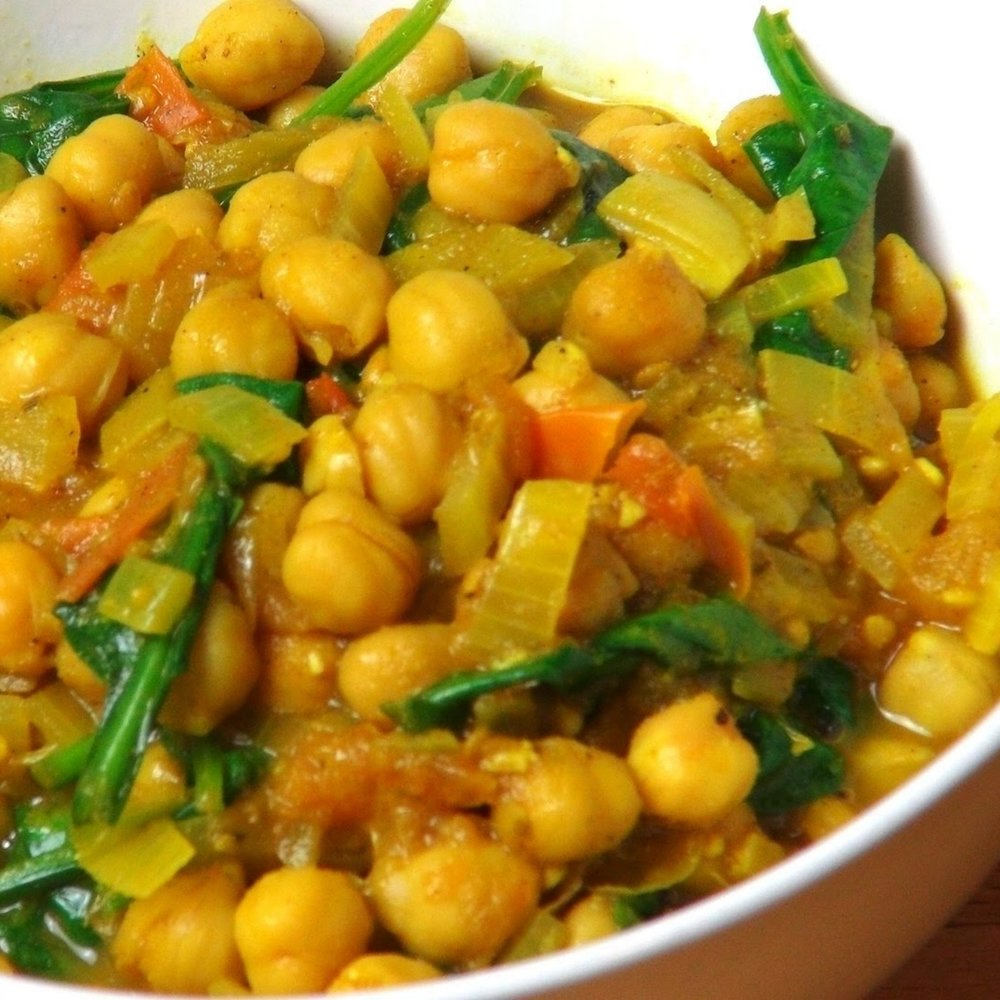 STEPH'S VEGAN CHICKPEA CURRY