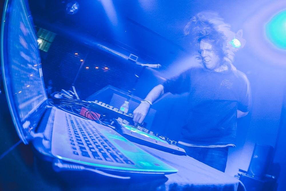 DJ Hippo-12.jpg