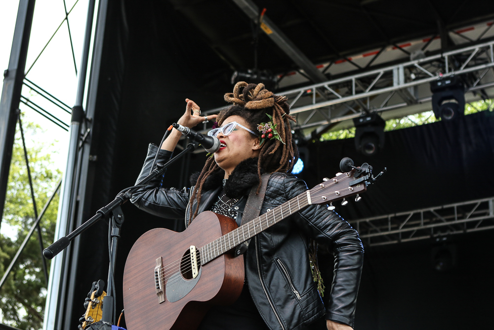 Valerie   June -12.jpg