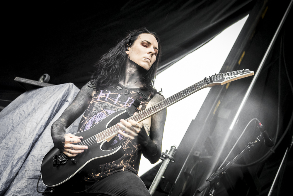 MotionlessInWhite-8.jpg