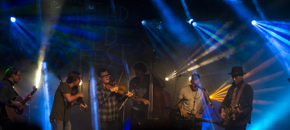 The Infamous Stringdusters-5.jpg