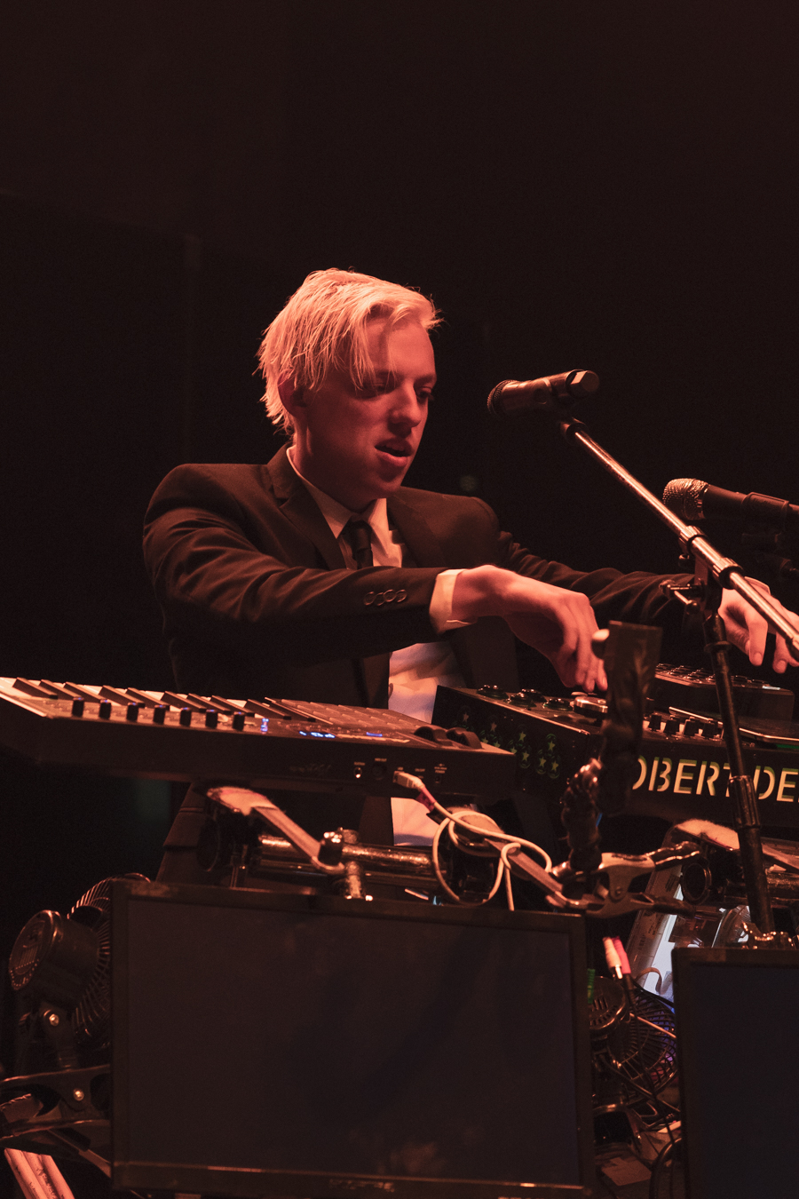 Robert DeLong-5.jpg