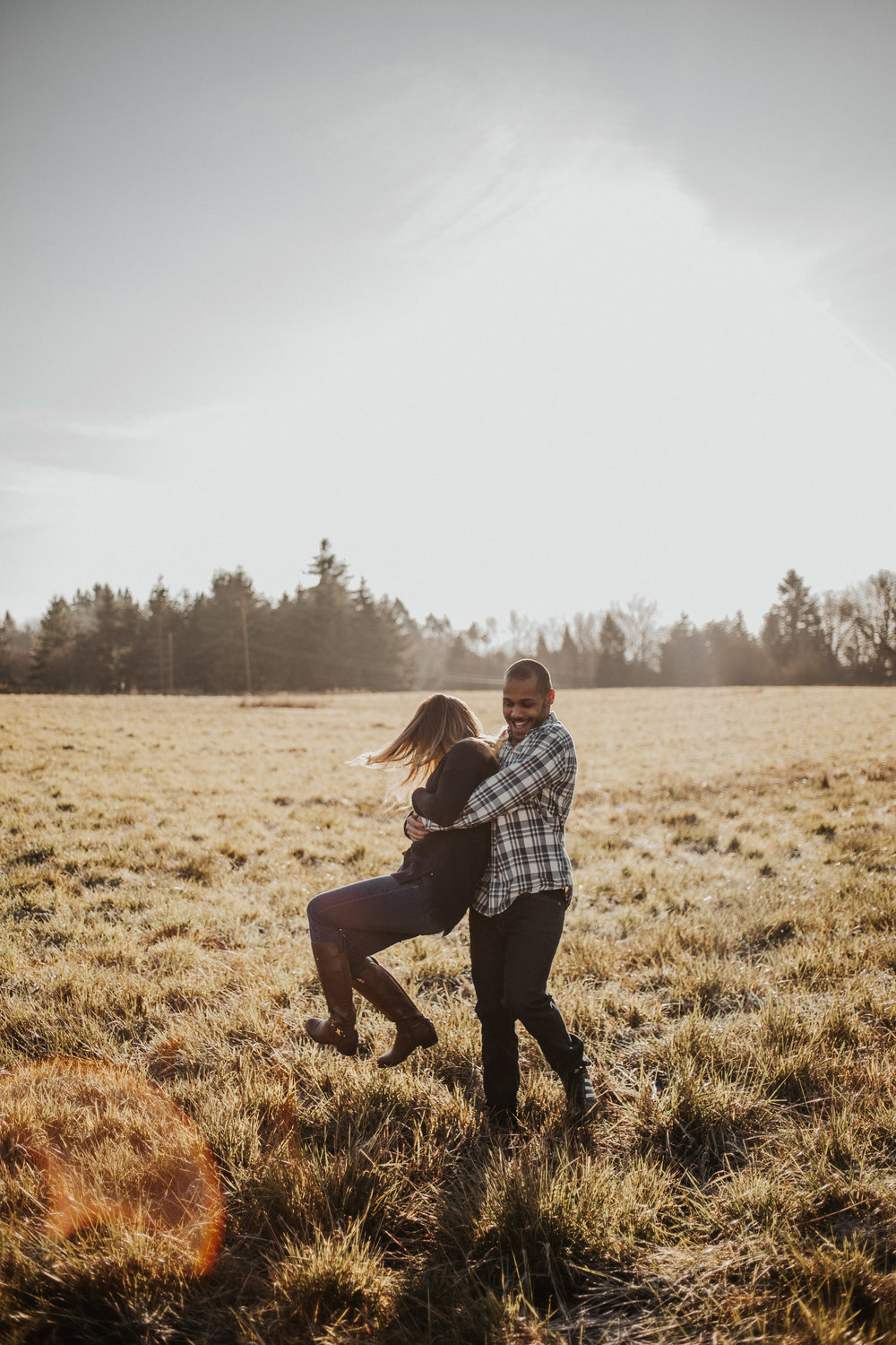 couple-engagement-photos-ridgefield-washington-august-muse-images-10.jpg