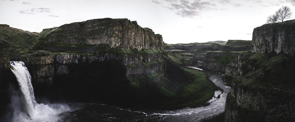 palousefalls_panoramic_10x20.jpg