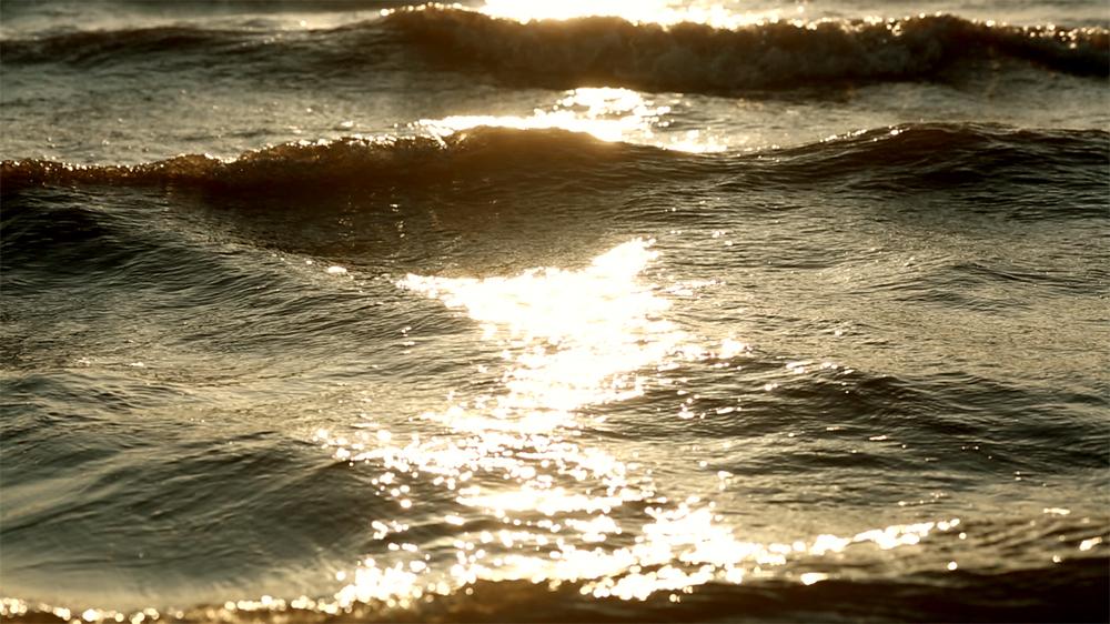 Waves (9).jpg