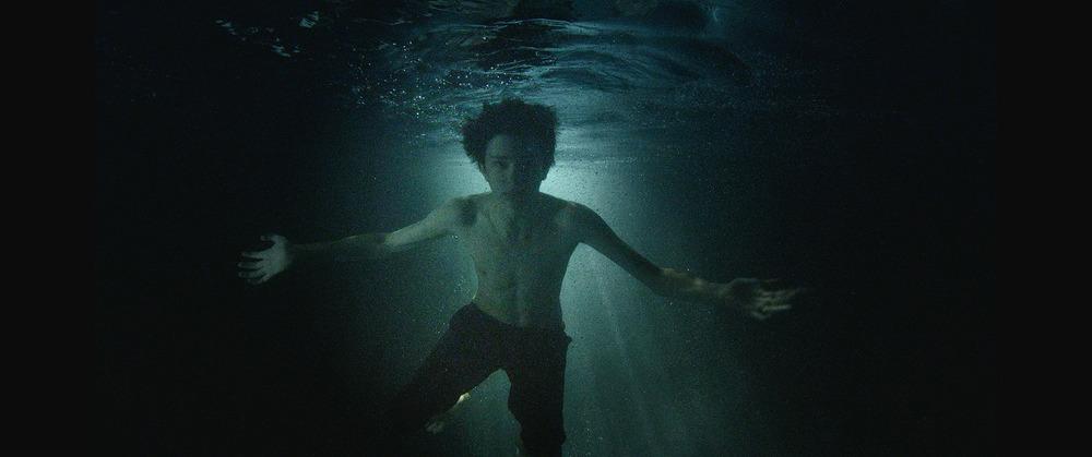 14 Ewan underwater-7.jpg