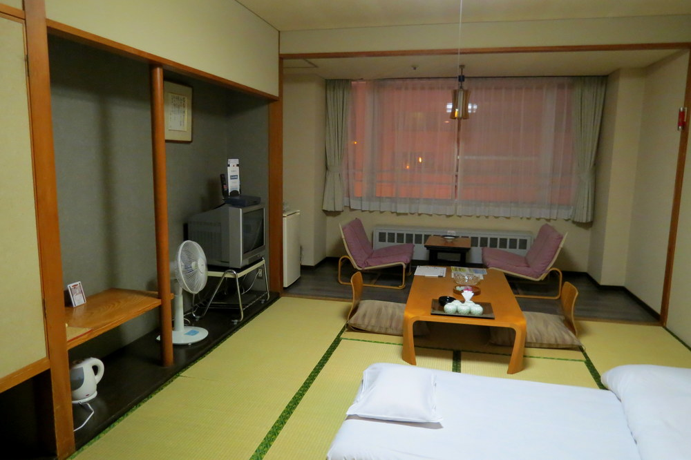 traditional-japanese-hotel
