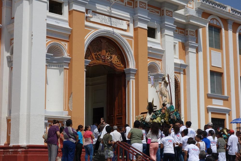 catholic-easter-parade