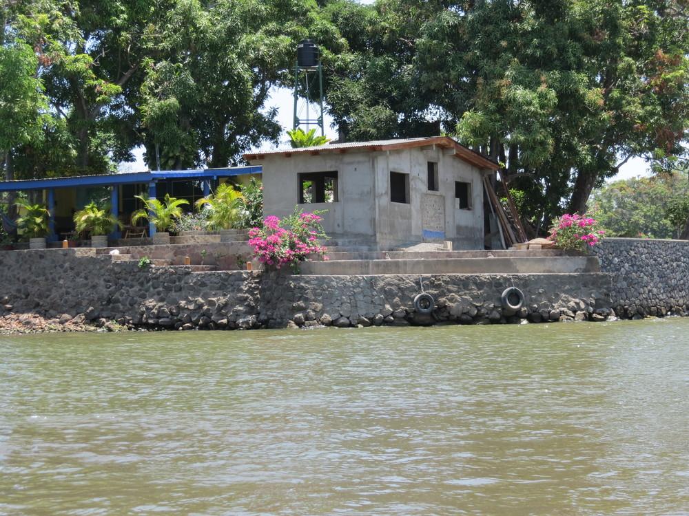 lake-house-nicaragua