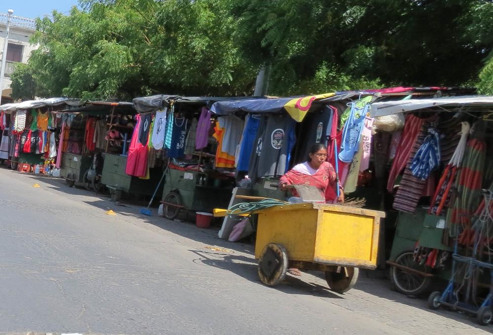 nicaragua-market-vendor