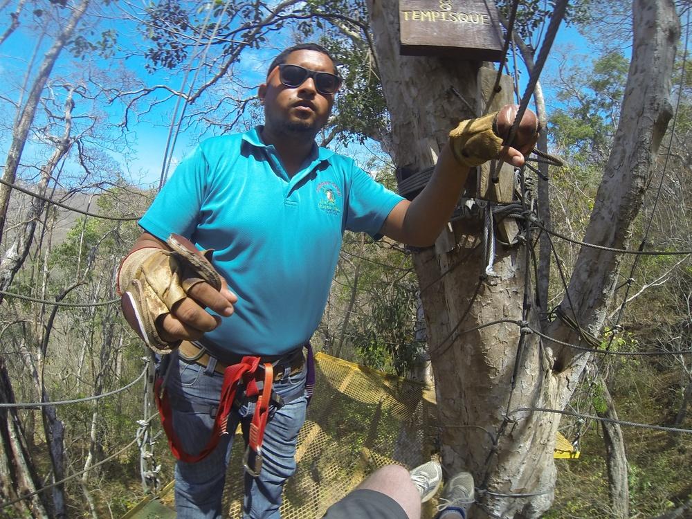 zipline-guide-nicaragua