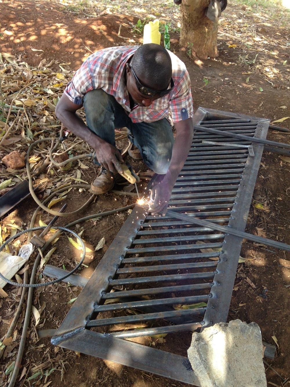 african-welding