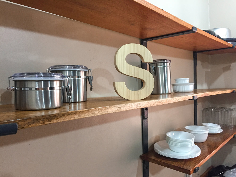 open-shelf-kitchen-concept