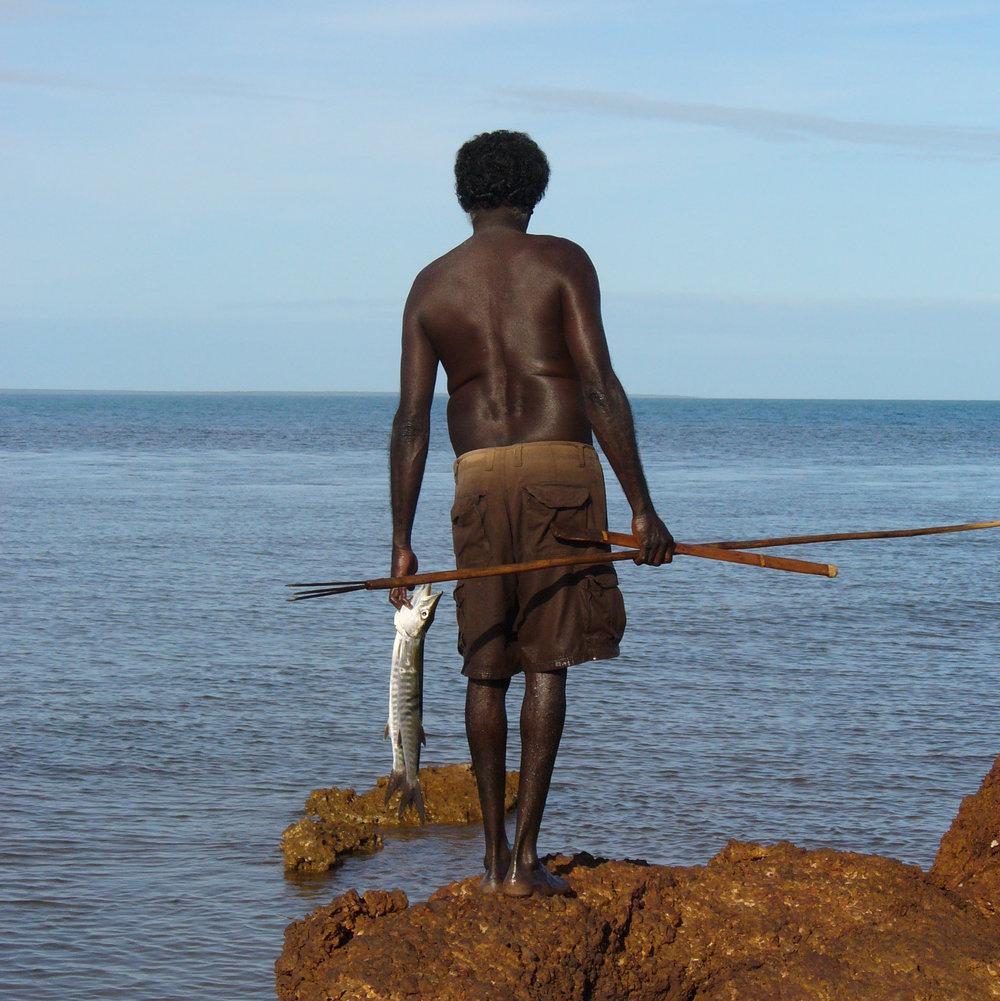 aboriginal-spear-fishing
