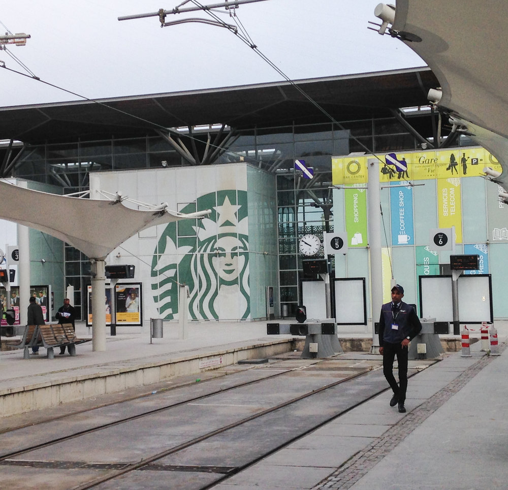 Grab a Starbucks at the Casablanca Port station before catching a train to Rabat.
