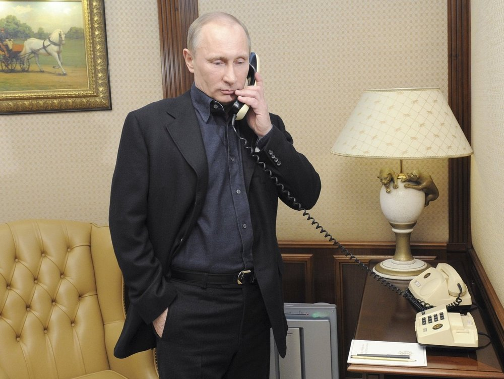 Putin working from a hotel.