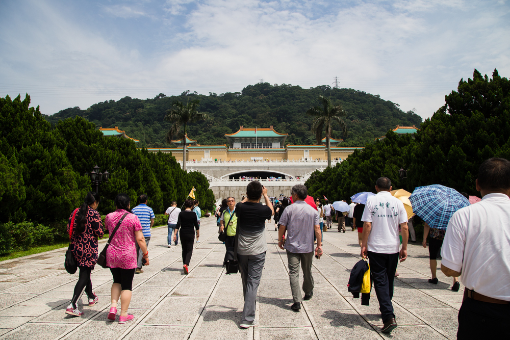 Then I headed for the National Palace Museum, home of the famous jade cabbage. I wouldn't consider this a museum anymore. Hundreds of mainland Chinese tourist flock to this museum to see all of their national treasures. The result, way too many people inside. There was so much yelling and pushing I felt like I was in a marketplace.