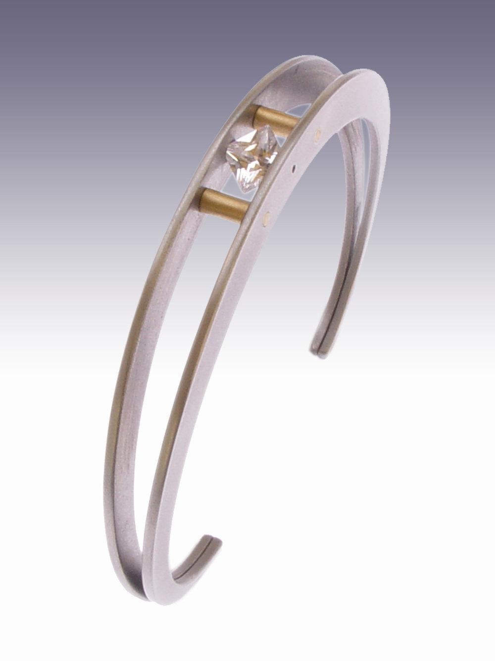 FungandBedford_jewellery-spin-titanium-bracelet_£xxx_AshleyBedford.jpg.jpg