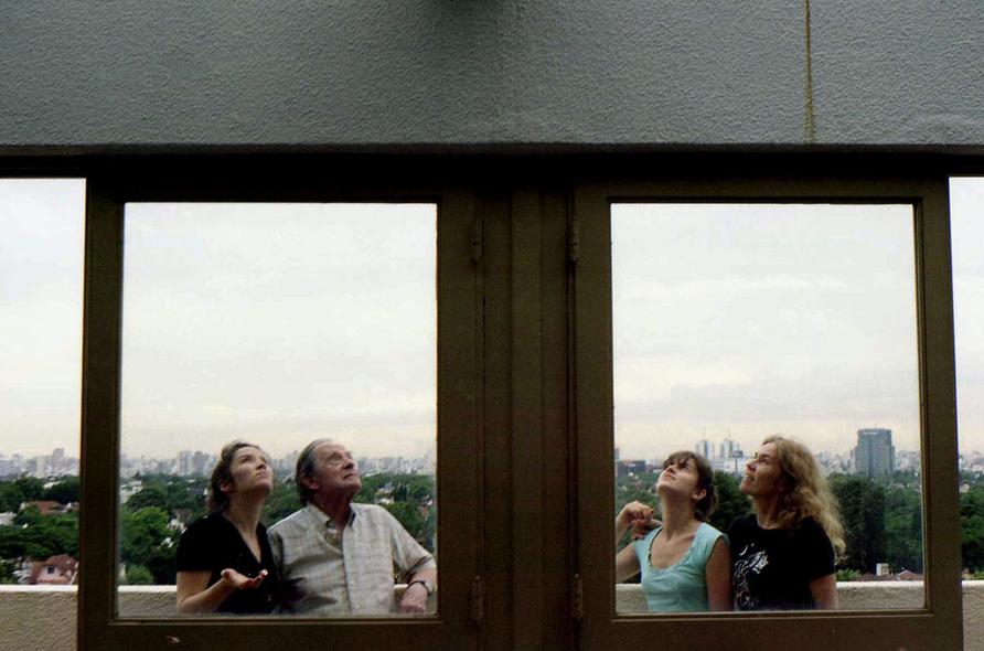 losingyou-balcon-web950.jpg