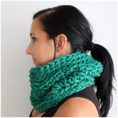 The Chalet Neck Cozy