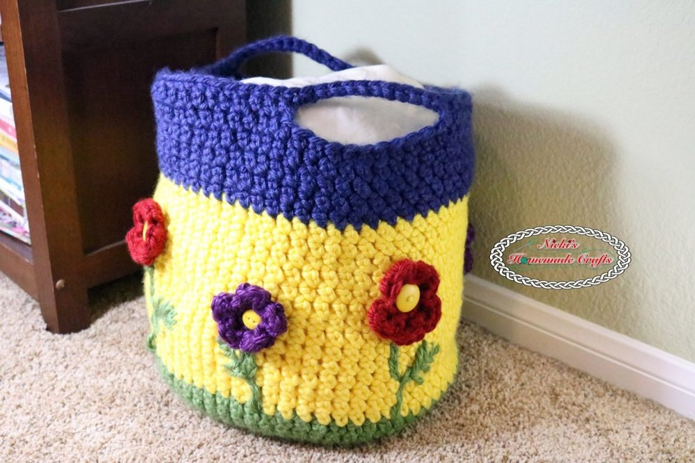 Spring-Flower-Basket-Free-Crochet-Pattern-Nickis-Homemade-Crafts.jpg