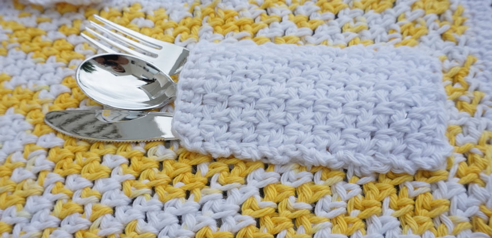 Summer Table Setting Free Crochet Pocket Placemat Pattern Stitch