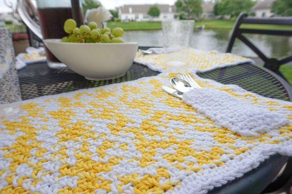 Pocket-placemat-Free-crochet-pattern-Stitch-and-Hustle--07.jpg