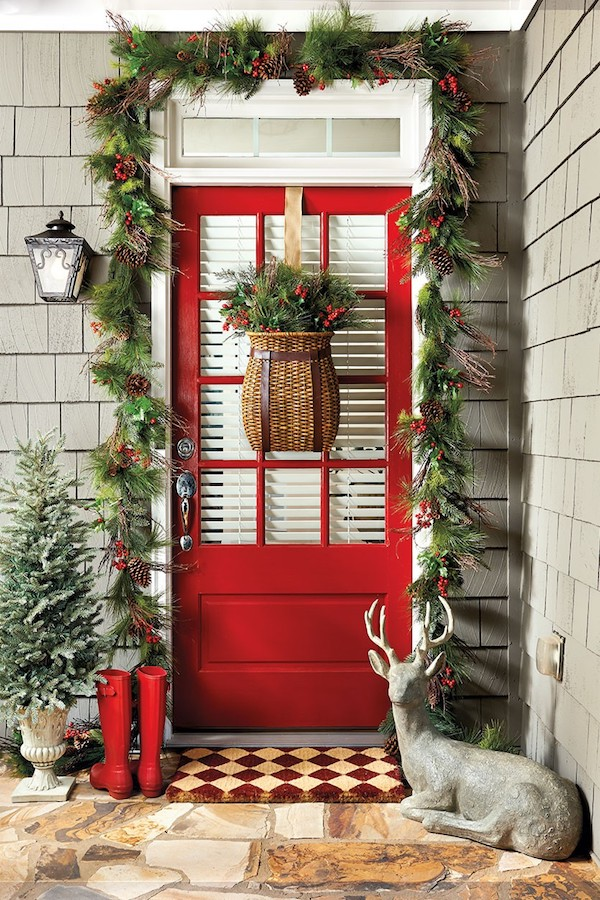 Red-Front-Door-Christmas-Holiday-Front-Porch-Decorating.jpg