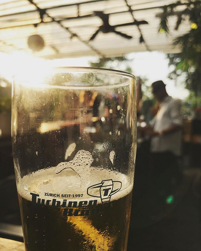 Sommer, niemals endender Sommer. Was haben wir dich geliebt! Heute trinken wir nochmals ein Bier auf dich. We love you. Farewell. Und komm bald wieder. ❤️🌞 #desummerischeus @primitivo_obererletten