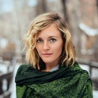 Nicole Lindstrom