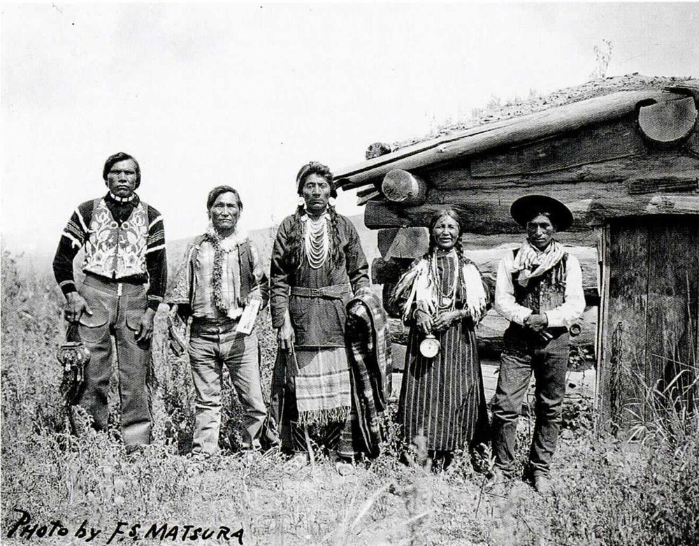 "Twit-mich or ""Big Jim"", Charley Leo, Suzanne Leo and ""Little Joe"",  1910"