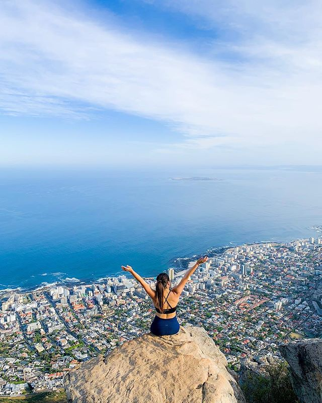 We're thankful and grateful. For our participants. For our alumni. For our badass community of 1,300 Unsettlers from 81 countries. For adventures across all our retreats. For this incredible view in Cape Town. And… for you. (📷: alumni @laura.marcela8) . #BeUnsettled #EmbraceTheUnknown #UnsettledCapeTown