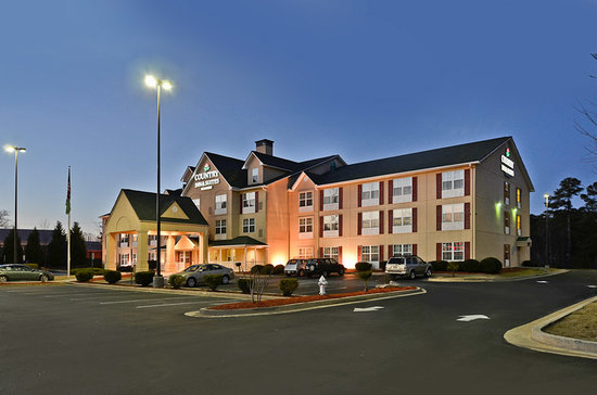 country-inn-suites-by.jpg