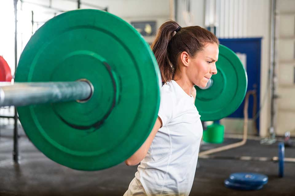woman-squat-weight.jpg