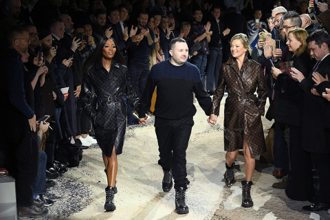 kate-moss-naomi-campbell-kim-jones-louis-vuitton-show-01-480x320.jpg