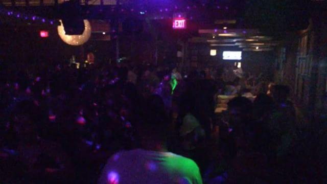 @29ParkWindsor was on #SICKOMODE Saturday Night 💀 . . . #tripleasounds #29ParkWindsor #29Park #clublife #dj #music #travisscott #drake #astroworld #co2 #ddjsx2 #controller #lights #lighting #specialfx #windsor #downtownwindsor #nightlife
