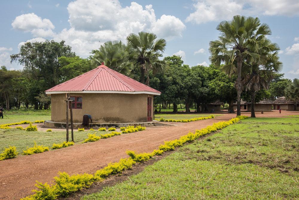 20160812_Uganda-17-2-X3.jpg