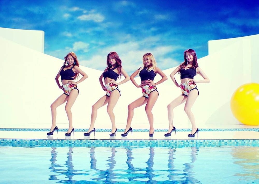 FANADV_SUMMER COMEBACKS_BODY4.jpg