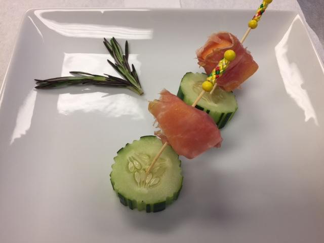 Prosciutto Melon Bites